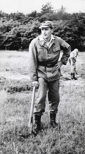 67 - Hlučίn · Vaclav Dusil (military service)