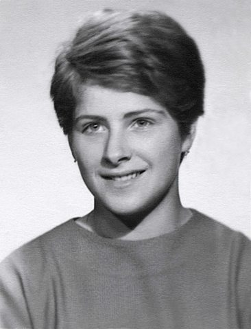 64 - Košice · Eva Kendeova (high school photo)