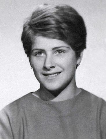 64 - Košice · Eva Kendeova (high school photo)
