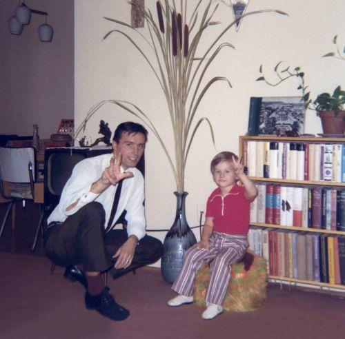 71.Sep.18 - Brampton · Vaclav & Gabriel Dusil (birthday fingers)