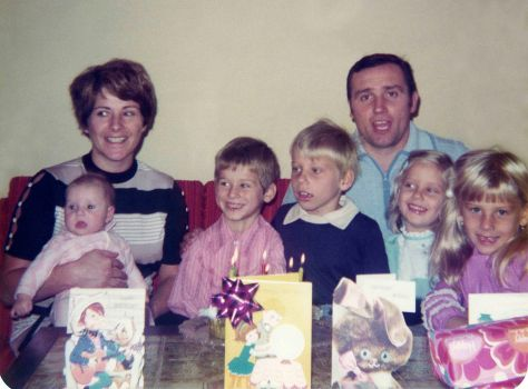 74.Sep.18 - Alica, Eva, Gabriel, Roman, Vaclav, Vlasta & Sona Dusil (birthday)