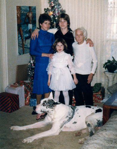81.Dec.24 - Burlington · Eva, Cezar, Alica, Gabriel Dusil, Valeria Kendeova (christmas)
