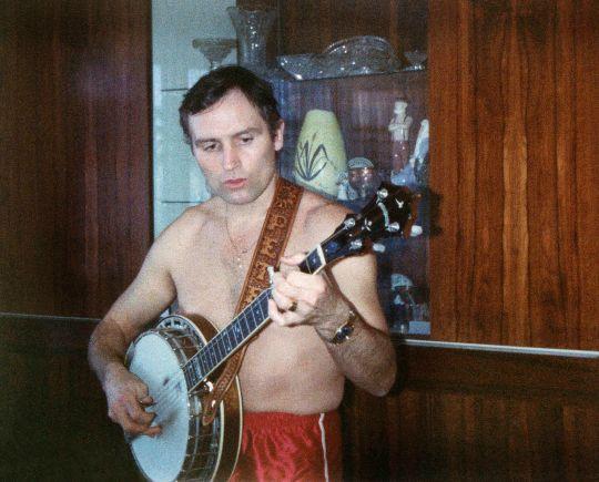76 - Burlington · Vaclav Dusil (Banjo)