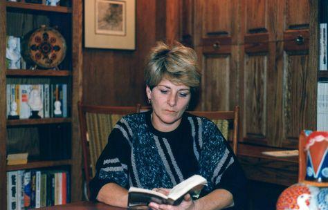 88.Oct.13 - Burlington · Eva Dusil (reading in library)