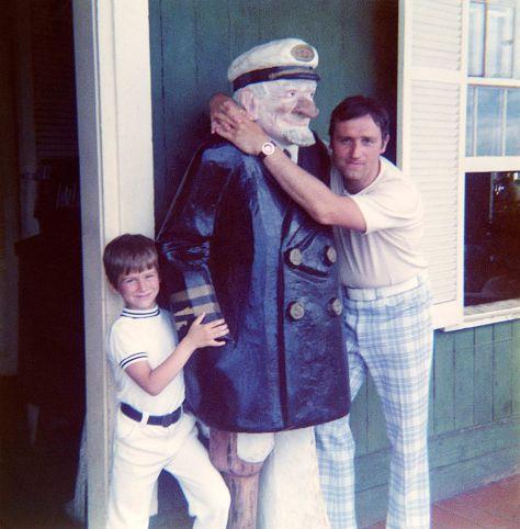 72.Jul - Orlando · Gabriel & Vaclav Dusil (hugging statue)