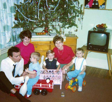 70.Dec.24 - Toronto · Vaclav, Eva, Gabriel, Sona, Erika, Roman, Gabriel Dusil (birthday cake)