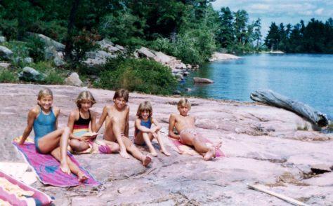 80.Jul - Lake Nippising · Sona, Vlasta, Gabriel, Alica & Roman Dusil (rock beach suntan)