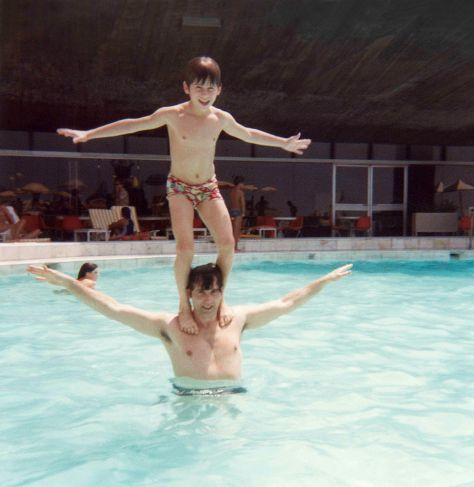 76 - Rio de Janeiro · Gabriel & Vaclav Dusil (pool totem pole)