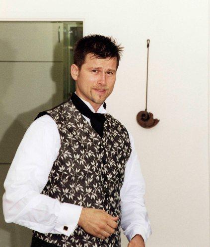 99.Sep.25 - Prague · Gabriel Dusil (wedding, getting ready)