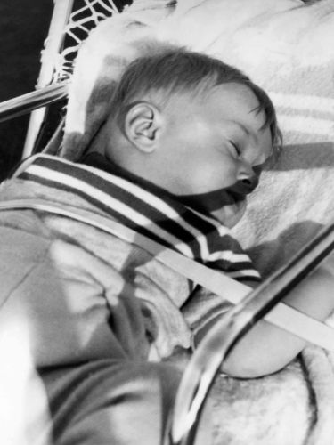 69.Apr - Košice · Gabriel Dusil (sleeping)