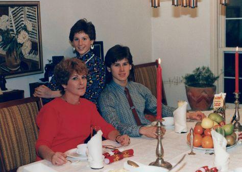 91.Dec.24 - Burlington · Eva, Alica & Gabriel Dusil (christmas)