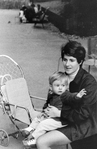 69.Oct - Paris · Gabriel & Eva Dusil (park stroller)