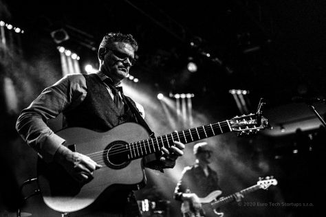 20.Feb.20 - Prague · Jesse Cook (Lucerna Concert, ac, gabrieldusil.com II)